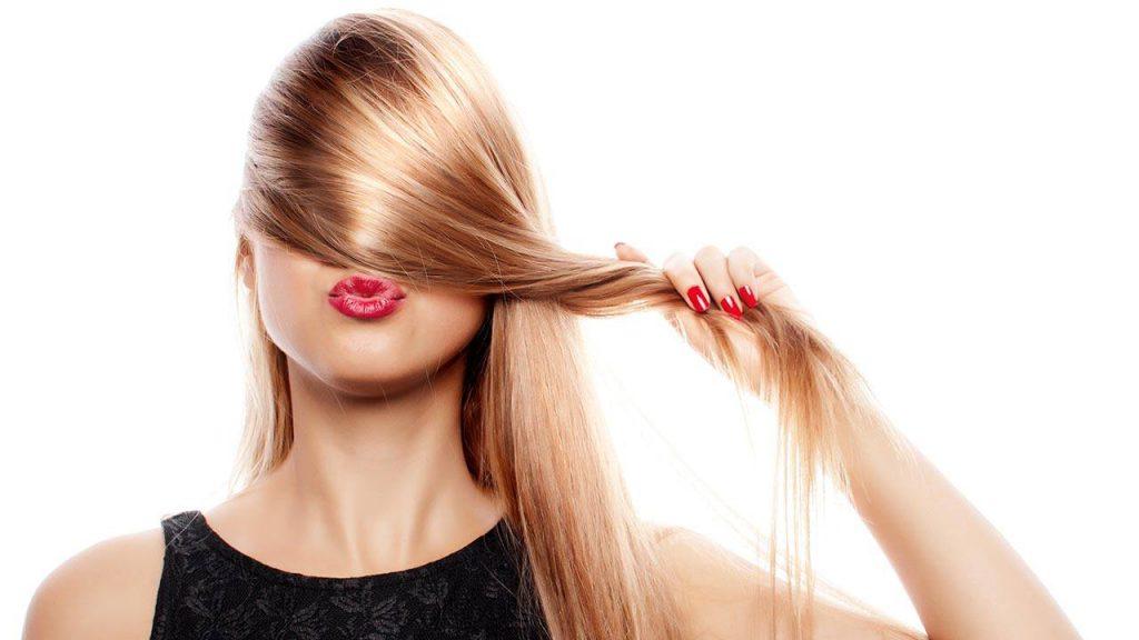 Alles, was die Haare lieben: natürliche Kosmetikprodukte, Vitamine und gesundes Essen