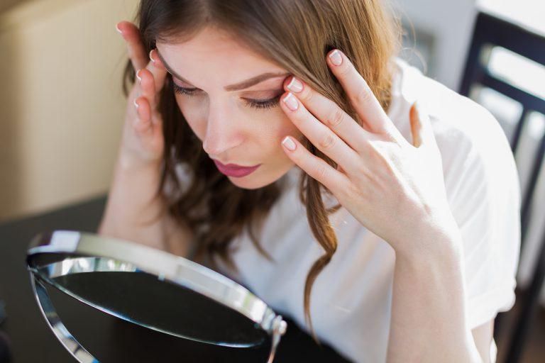 Populärste Anti Aging-Behandlungen: PDO-Fadenlifting, Peeling mit Ferulasäure, JetPeel