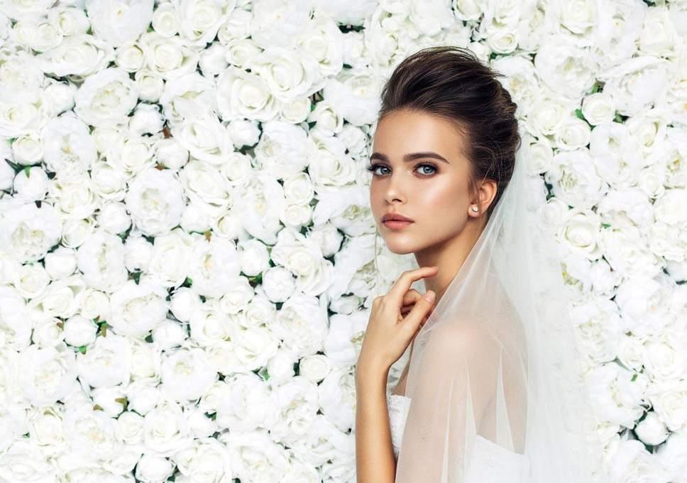 Braut-Make-up Schritt für Schritt: So geht's!