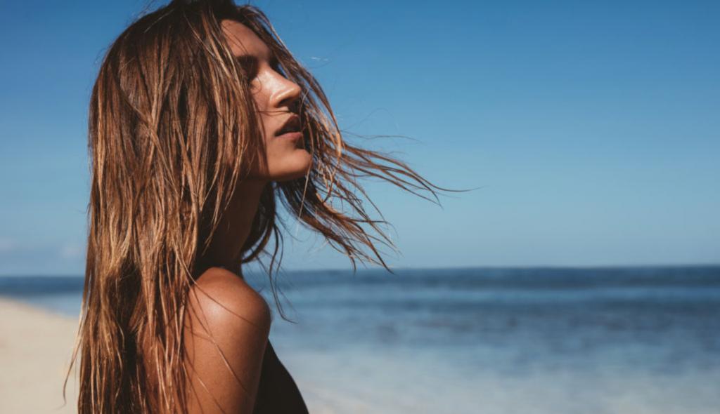 Sommerpflege, also Methoden gegen glanzlose Haare